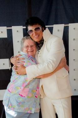 2042-Elvis